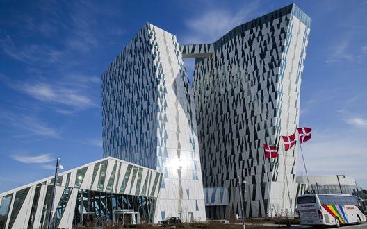 Обои Современное здание отеля Белла Скай Комвелл, Копенгаген, Дания
