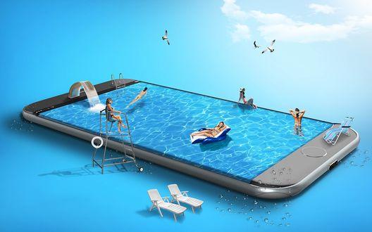 Обои Смартфон в виде бассейна, в котором купаются девушки, загорают в шезлонгах рядом, на фоне синевы неба, облаков и чаек, рендеринг