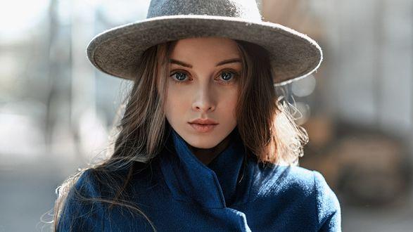 Обои Девушка в шляпе, фотограф Георгий Чернядьев