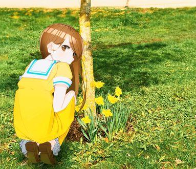 Обои Девочка в желтом платье сидит у дерева