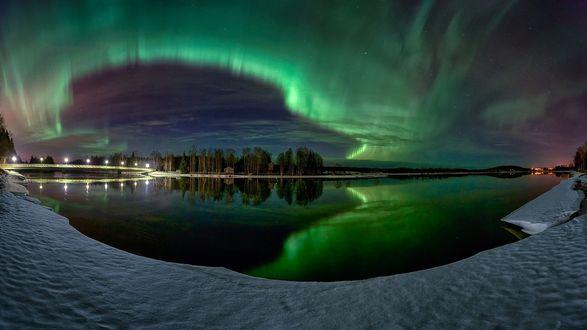 Обои Северное сияние на небе