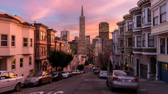 Обои Одна из улиц Сан-Франциско, Калифорния