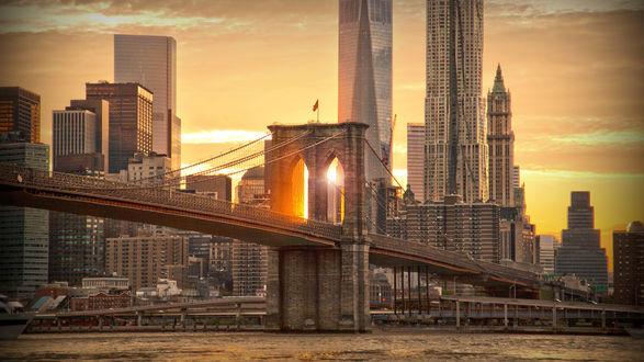 Обои Мост через реку в Нью-Йорке, США
