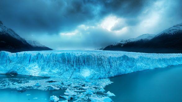 Обои Ледник на озере, Патагония