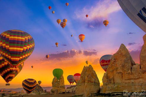 Обои Воздушные шары в небе, фотограф Zeki Seferoglu