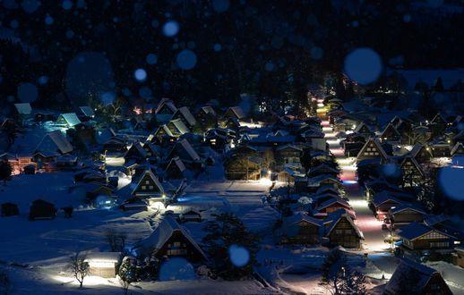 Обои Историческая деревня Sirakawa-go зимним вечером, остров Honsou / Хонсю, Japan / Япония