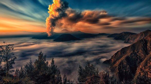 Обои Indonesia / Индонезия, вулкан Бромо, национальный парк, фотограф Manjik photography