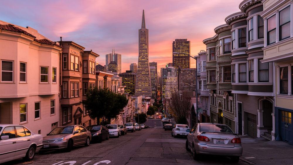 Обои для рабочего стола Одна из улиц Сан-Франциско, Калифорния