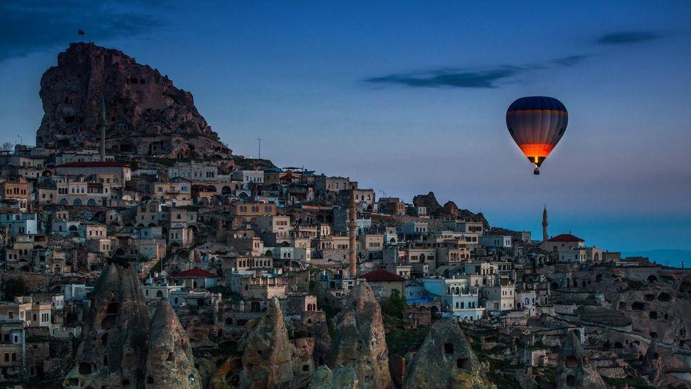 Обои для рабочего стола Воздушный шар над Каппадокией, Турция