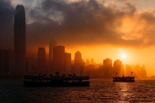 Обои Город Гонконг на восходе солнца, Китай