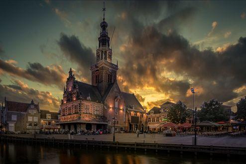 Обои Город Alkmaar / Алкмар на закате, фотограф Mario Calma