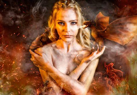 Обои Косплей Дэйнерис Таргариен / Daenerys Targaryen из сериала Игра престолов / Game of Thrones