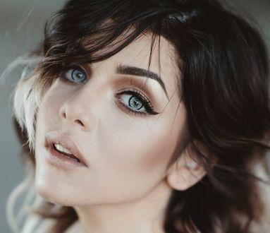 Обои Девушка с красивыми глазами, фотограф Jovana Rikalo
