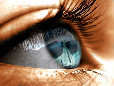 Обои В голубом глазе девушки отражается башня, by xIchixCoolxGirlx