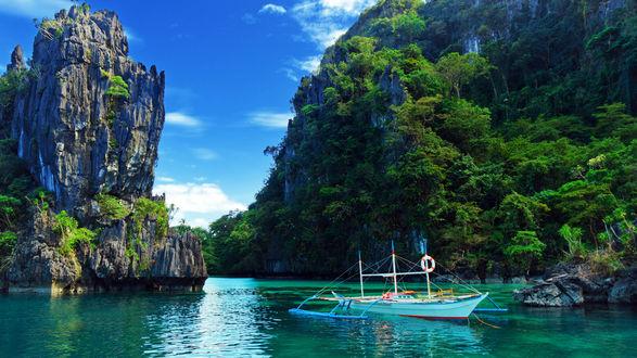 Обои Кораблик у островов, Laguna El Nido, Philippines / Лагуна Эль Нидо, Филлипины