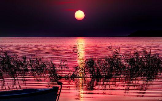 Обои Розовый закат над озером, фотограф Alp Cem