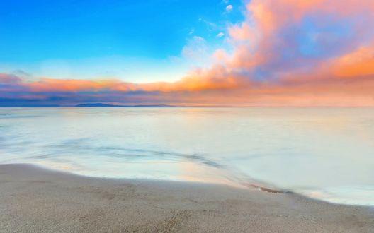 Обои Берег моря под ясным небом