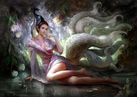 Обои Девушка - демон красоты, с украшением на волосах, сидит на гладкой поверхности, by cao yuwen