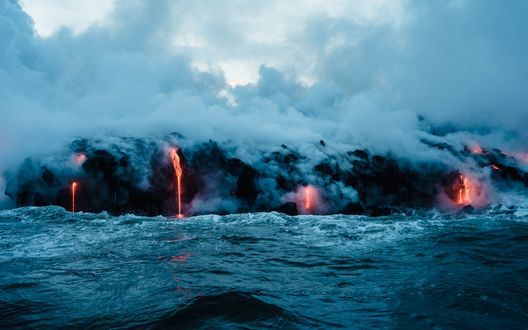 Обои Извержение подводного вулкана