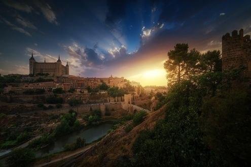 Обои Toledo / Толедо на закате - город в центральной части Spain / Испании, фотограф Juan Pablo de Miguel
