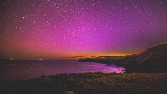 Обои Берег моря под красивым звездным небом