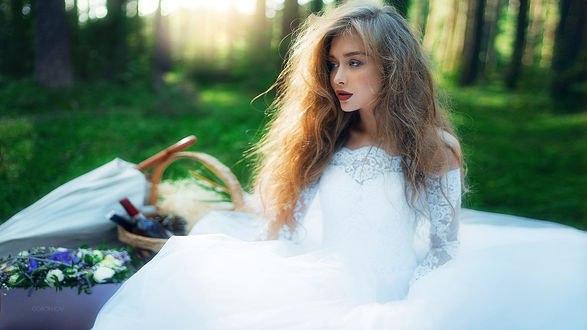 Обои Девушка в свадебном платье, фотограф Иван Горохов