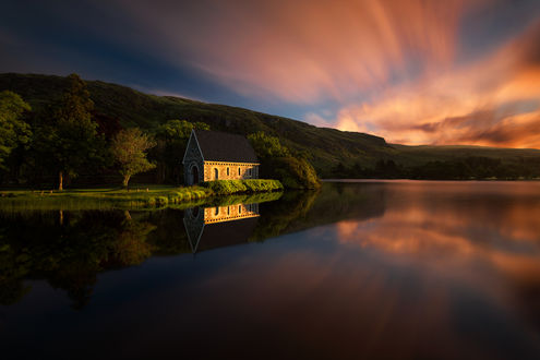 Обои Домик на озере, Gougane Barra / Гуган-Барра, Ireland / Ирландия Фотограф Pawel Kucharski