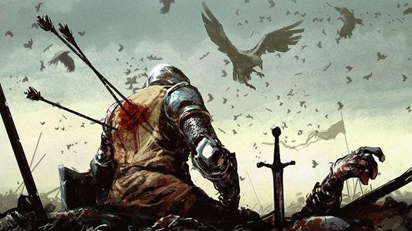 Обои Раненый воин со стрелами в спине и кровью на поле битвы. В небе кружат вороны