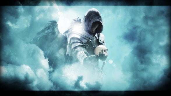 Обои Ангел смерти в доспехах и с крыльями держит череп в руках, в тумане