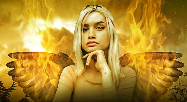 Обои Крылатая девушка с вопросительным знаком на руке, на фоне бушующего пламени
