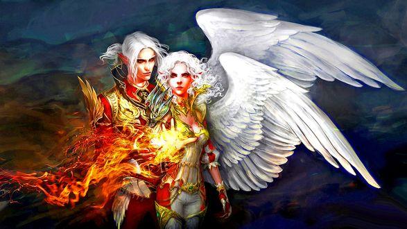 Обои Два эльфа-ангела, парень и девушка с одним крылом и огнем на другой стороне