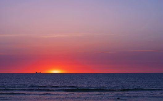Обои Закат солнца над морем