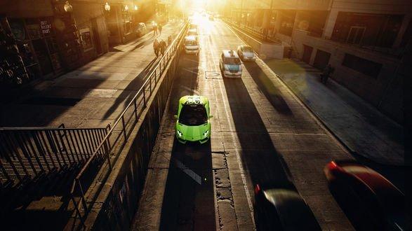 Обои Салатовый Lamborghini на одной из улиц Чикаго