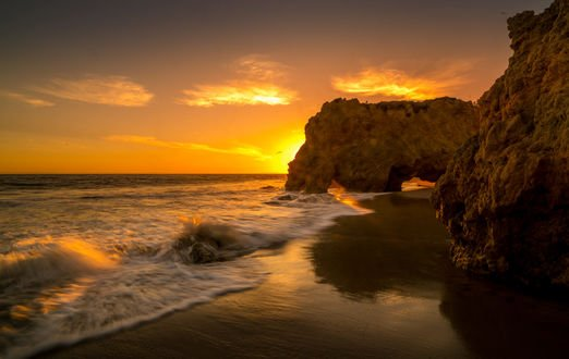 Обои El Matador beach, California / Пляж Эль-Матадор, Калифорния, фотограф Serge Ramelli
