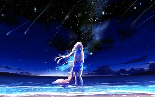 Обои Девушка стоит в воде держа в руке кофту и смотрит на падающие звезды, by lluluchwan
