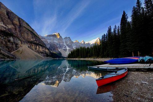 Обои Захватывающее Moraine Lake / озеро Морейн в национальном парке Banff / Банф, Alberta, Canada / Альберта, Канада, фотограф Jesse Sacdalan