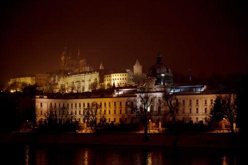 Обои Прага / Praque, Чехия, в тумане ночью