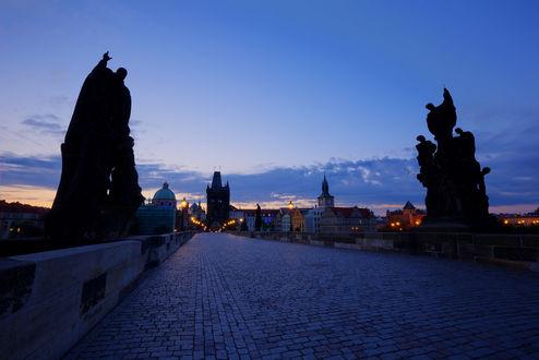 Обои Прага, Чехия, Карлов мост вечером на закате