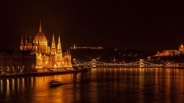 Обои Венгрия, Будапешт, здание парламента ночью с подсветкой