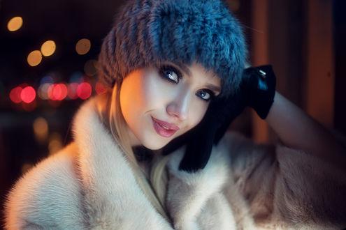 Обои Девушка в вязанной шапочке, фотограф Ivan Gorokhov
