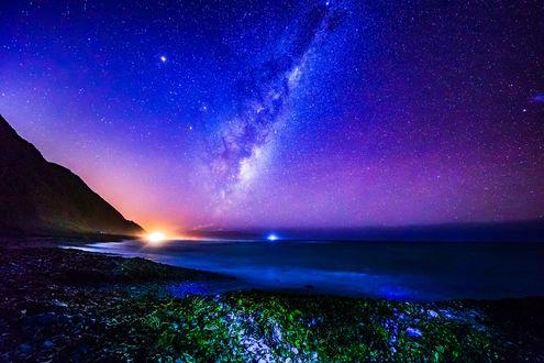 Обои Темная ночь в заповеднике Красных Скал в Wellington New Zealand / Веллингтоне, Новая Зеландия, фотограф MichaelJordanoff