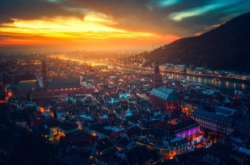 Обои Панорама рождественского Гейдельберга, Германия / Heidelberg, Germany на фоне зарева, by CarlosTown
