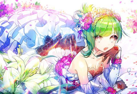 Обои Девушка с зелеными волосами в свадебном платье среди цветов