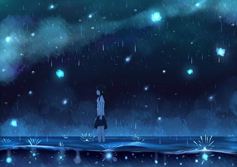 Обои Девушка стоит в воде под дождем ночью