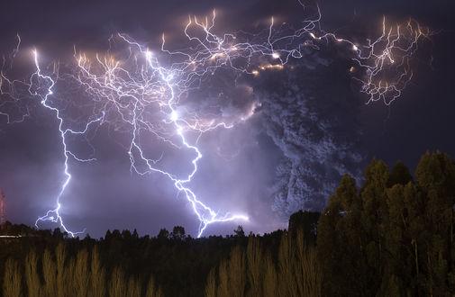 Обои Извержение вулкана в поселке Lago Ranco, Chile / Лаго-Ранко, Чили, by Francisco Negroni