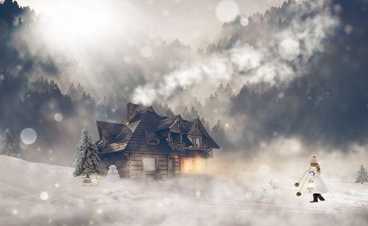 Обои Девочка стоит недалеко от домика, со светящимися окнами, елкой и снеговиком перед ним