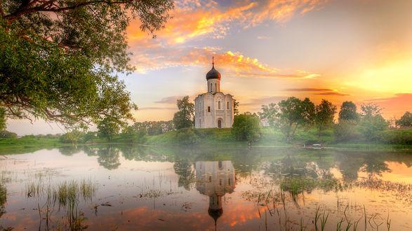 Обои Церковь Покрова на Нерли, Владимирская область, Россия, фотограф Гордеев Эдуард