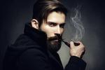 Обои Художественный портрет молодого красивого человека с трубкой, фотограф Олег Гекман