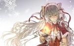Обои Vocaloid Hatsune Miku / Вокалоид Хатсуне Мику со свечей на фоне снежинок, by Kingchenxi