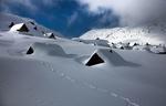 Обои Дома покрыты снегом до самих крыш, фотограф Adnan Bubalo